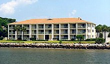 PIER POINTE CONDOS